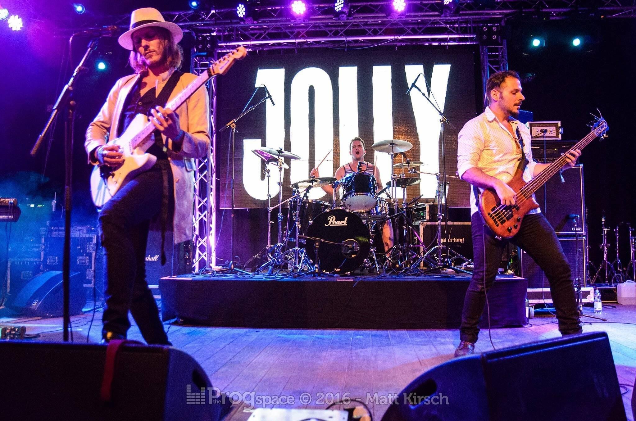 03-jolly-2