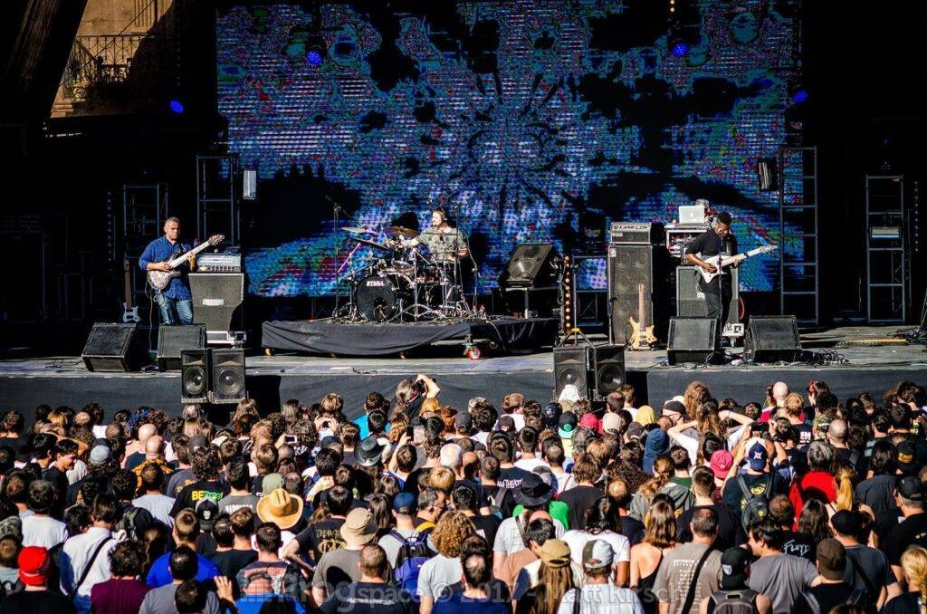 Animals as Leaders complete band